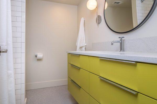 036_Bath