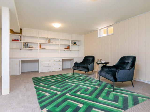 025_Family Room