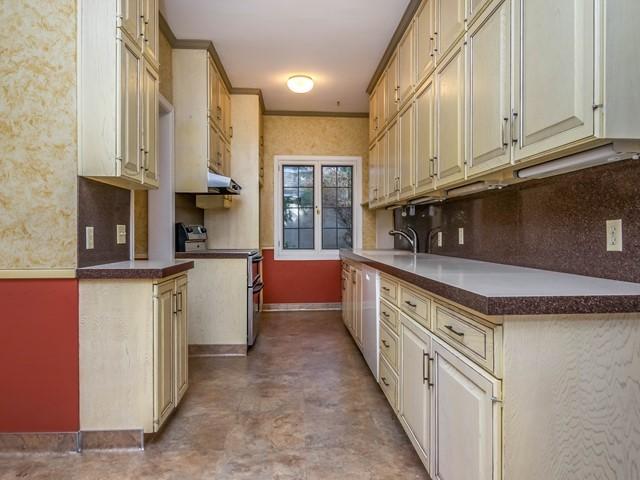 005_Kitchen