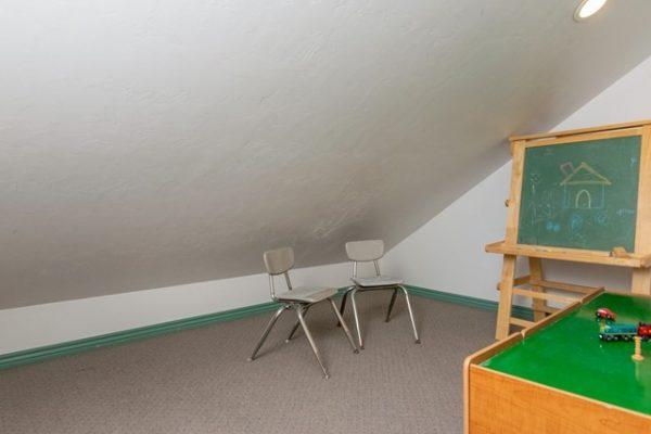 038_Bonus Room