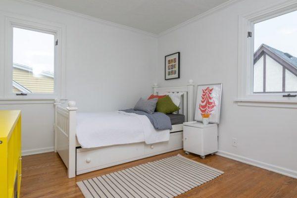 040_Bedroom
