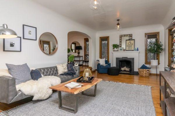 041_Living Room