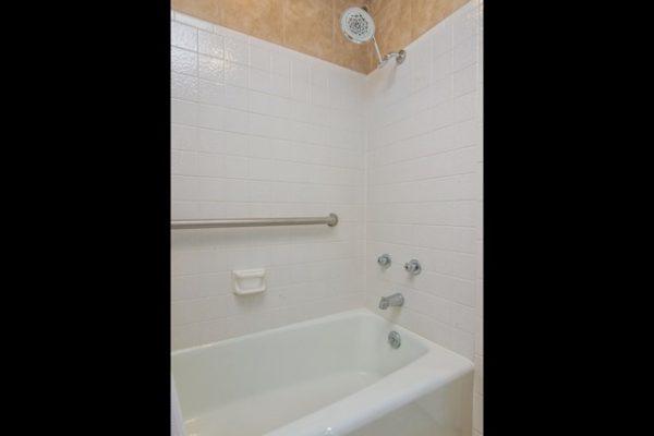 030_Bath