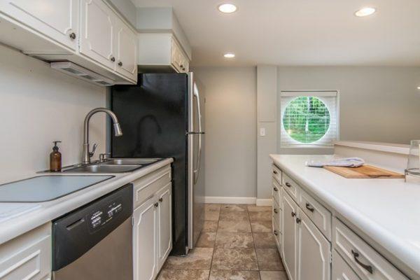 038_Basement Kitchen
