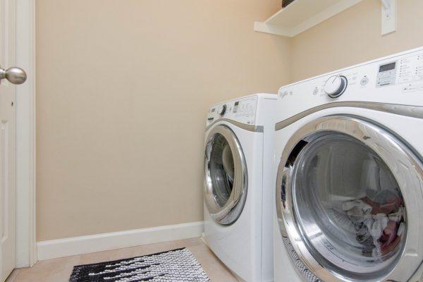 024_Laundry