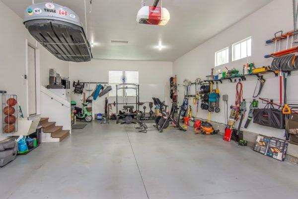 049_Garage