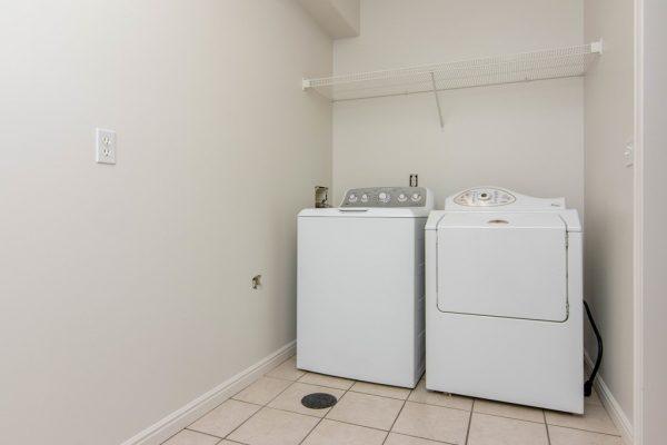 040_Laundry