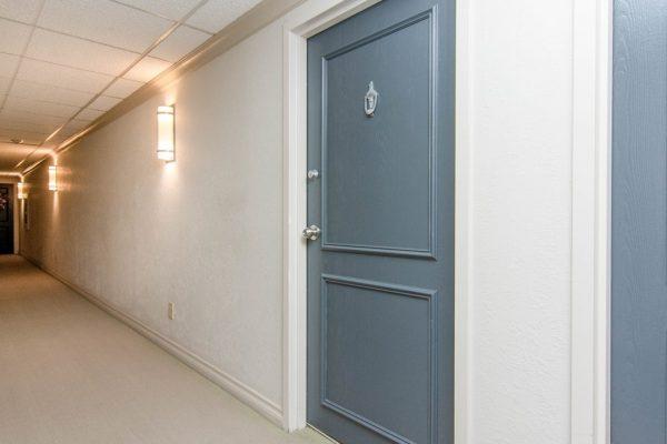 004_Front Door