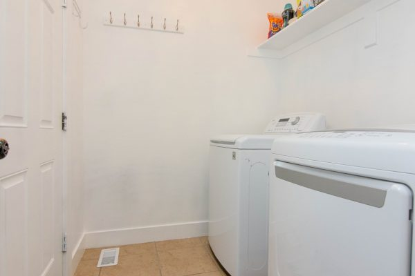012_Laundry