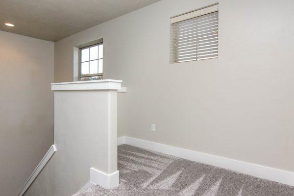 021_Upstairs