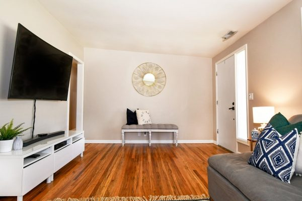 009_Living Room Entry
