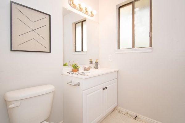 015_Bathroom 2