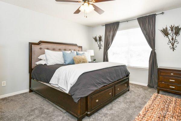 020_Main Bedroom]