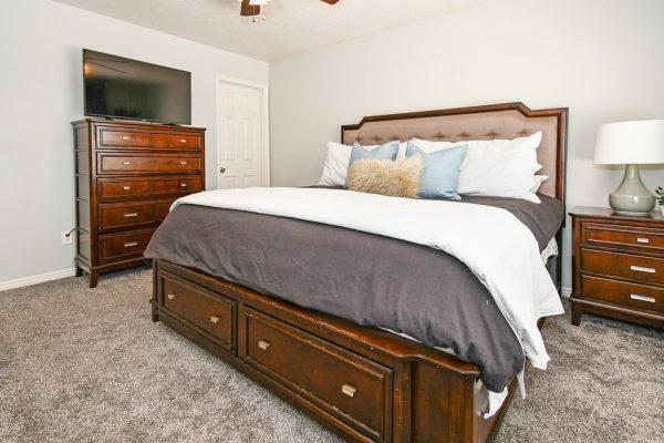 021_Main Bedroom
