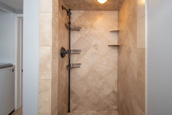 015_Shower