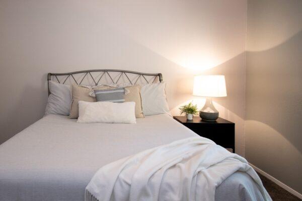 016_Main Bedroom