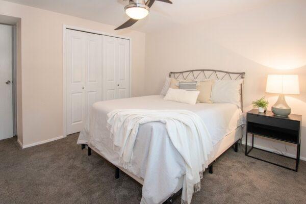 017_Main Bedroom