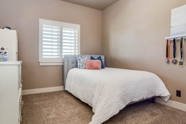 014_Bedroom