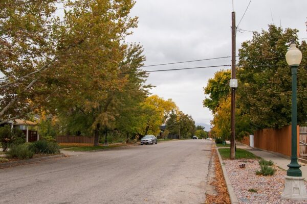 002_Crandall Avenue (cross street)